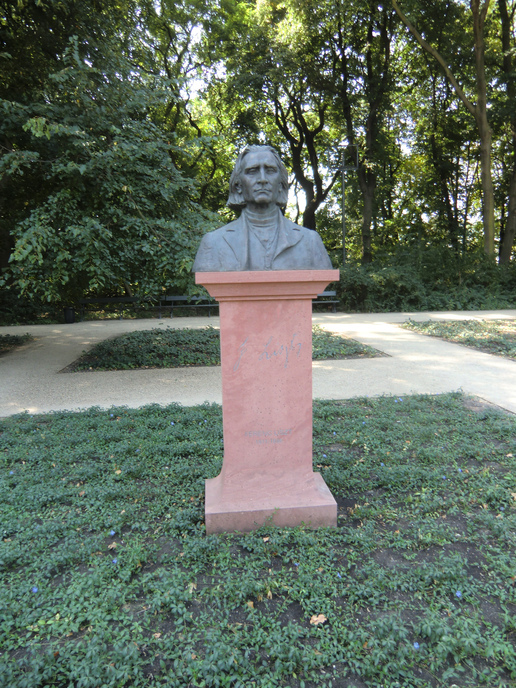 F.Liszt (Hungarian composer, virtuoso pianist, conductor) Friend of Chopin